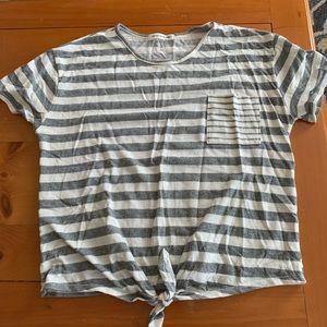 Striped pocket knot tee